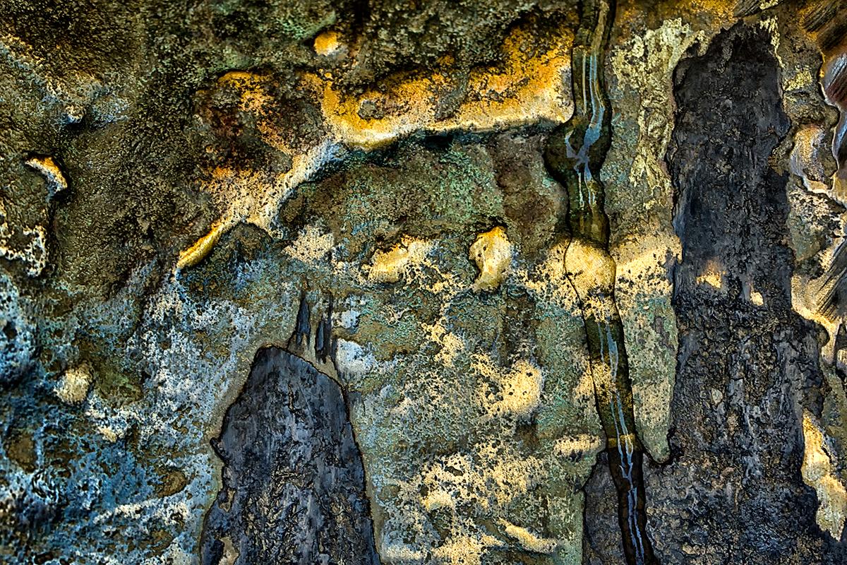divine-judgement-1200-72-anett-bulano-fine-art-photo-metal-gold-bronze-copper-rust-vintage-blue-abstract-death-synthe-1200-72-1